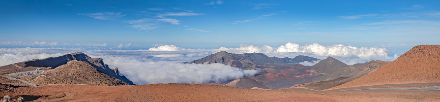 Pukalani「Inside the Haleakala Peak Crater at Haleakala National Park,Maui,Hawaii,USA」:スマホ壁紙(17)