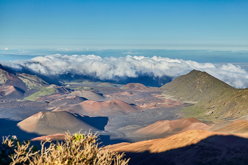 Pukalani「Inside the Haleakala Peak Crater at Haleakala National Park,Maui,Hawaii,USA」:スマホ壁紙(19)