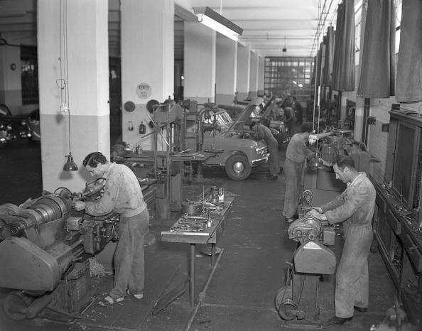 Mechanic「At Work」:写真・画像(2)[壁紙.com]