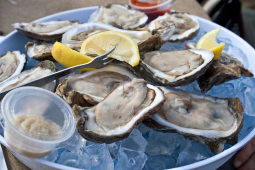 Unhygienic「Dozen Raw Oysters」:スマホ壁紙(4)