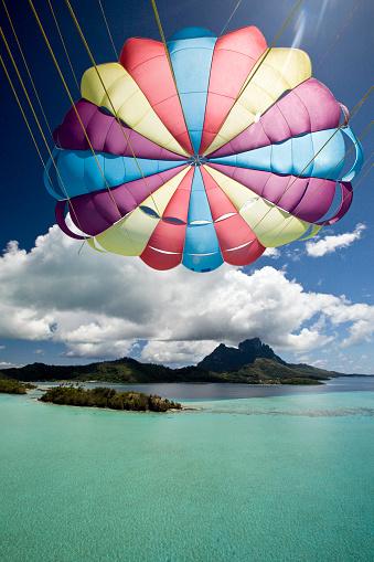 Parasailing「Parasailing Over Bora-Bora Lagoon」:スマホ壁紙(14)