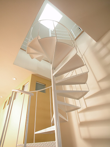 Plattenbau「Metal staircase in a apartment」:スマホ壁紙(8)