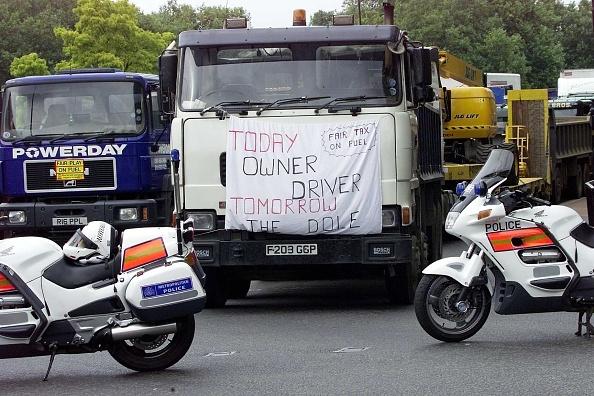 Responsibility「Fuel Protest」:写真・画像(17)[壁紙.com]