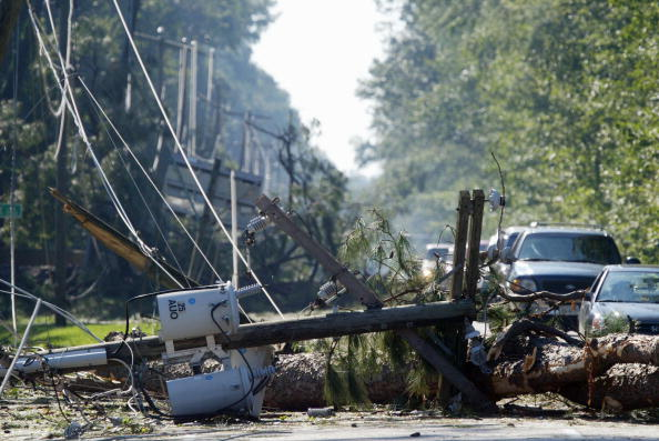 Authority「Virginia Cleans Up From Hurricane Isabel」:写真・画像(4)[壁紙.com]