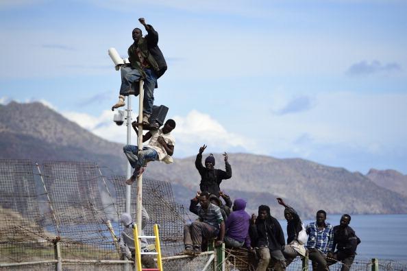 Effort「Migrants Seek Asylum In The Spanish Enclave Of Melilla In Northern Africa」:写真・画像(7)[壁紙.com]