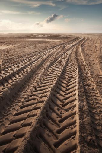 Extreme Terrain「Tire tracks」:スマホ壁紙(19)