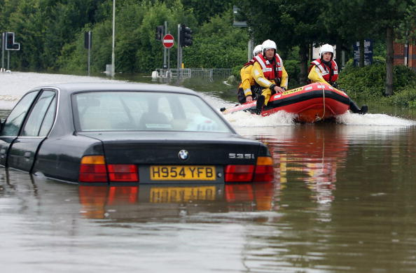 Moving Past「Flooding Across The Country Reaches A Critical Level」:写真・画像(0)[壁紙.com]
