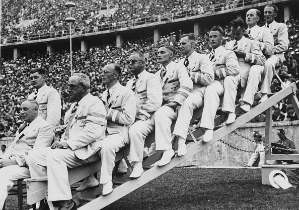 People In A Row「Berlin Olympic Judges」:写真・画像(8)[壁紙.com]