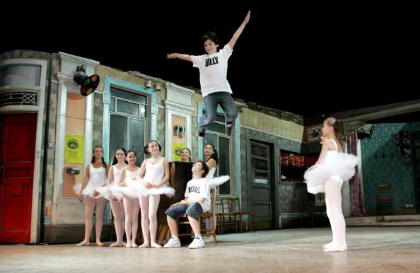 Customized「Billy Elliot The Musical - Cast Change Photocall」:写真・画像(14)[壁紙.com]