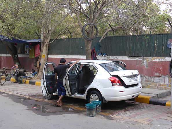 Delhi「Car Washing In Delhi.」:写真・画像(13)[壁紙.com]