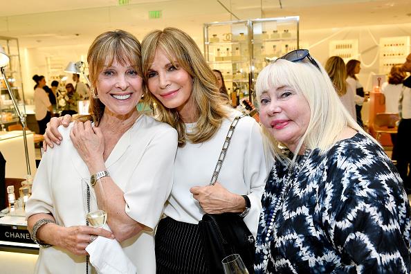 Jaclyn Smith「Barneys New York Celebrates the Farrah Fawcett Foundation」:写真・画像(19)[壁紙.com]