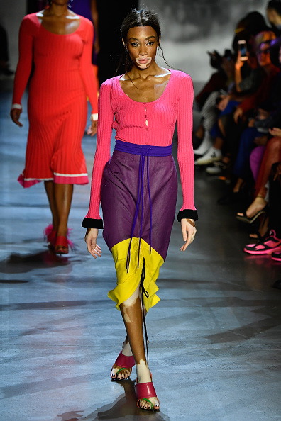 ニューヨークファッションウィーク「Prabal Gurung - Runway - September 2018 - New York Fashion Week: The Shows」:写真・画像(18)[壁紙.com]