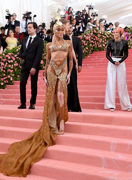 Embellished Dress「The 2019 Met Gala Celebrating Camp: Notes on Fashion - Arrivals」:写真・画像(19)[壁紙.com]