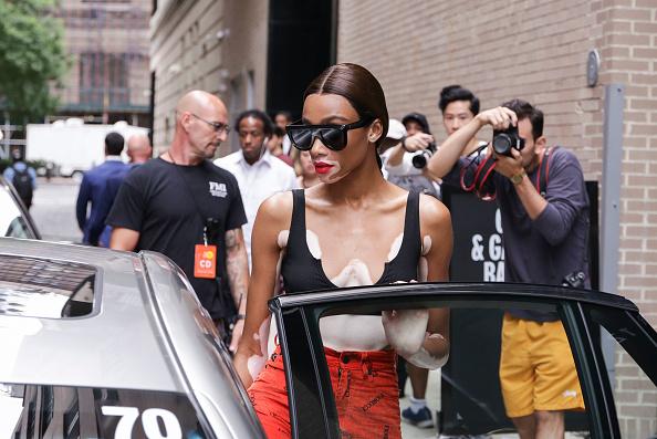 Achim Aaron Harding「Street Style - New York Fashion Week September 2018 - Day 3」:写真・画像(9)[壁紙.com]