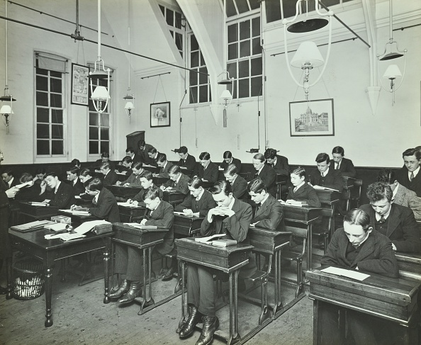 Hammersmith「Civil Service Class For Male Students, Hammersmith Commercial Institute, London, 1913.  .」:写真・画像(17)[壁紙.com]