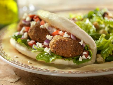 Caesar Salad「Falafel Wrap with Ceaser Salad」:スマホ壁紙(17)