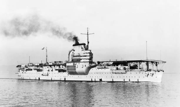 Aircraft Carrier Bearn:ニュース(壁紙.com)