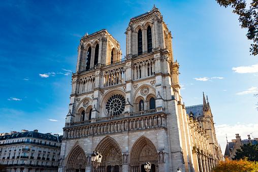 Gothic Style「Notre Dame de Paris, France」:スマホ壁紙(16)