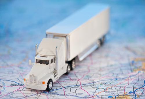 おもちゃのトラック「A toy truck on a map」:スマホ壁紙(13)