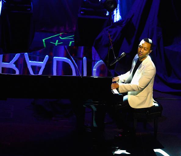 "Bryan Steffy「iHeartRadio Ultimate Valentine's Escape At Paris Las Vegas Presented By ""Hot Tub Time Machine 2""」:写真・画像(1)[壁紙.com]"
