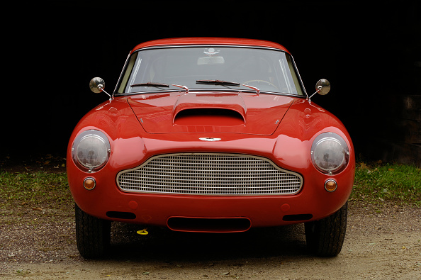 Journey「Aston Martin DB4 GT by Touring 1960」:写真・画像(1)[壁紙.com]