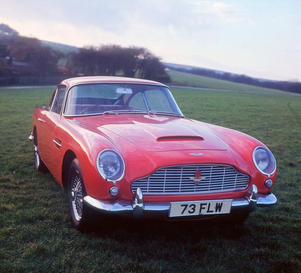 car「1963 Aston Martin DB4 GT」:写真・画像(16)[壁紙.com]