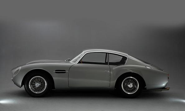 Side View「1961 Aston Martin DB4 GT Zagato」:写真・画像(5)[壁紙.com]