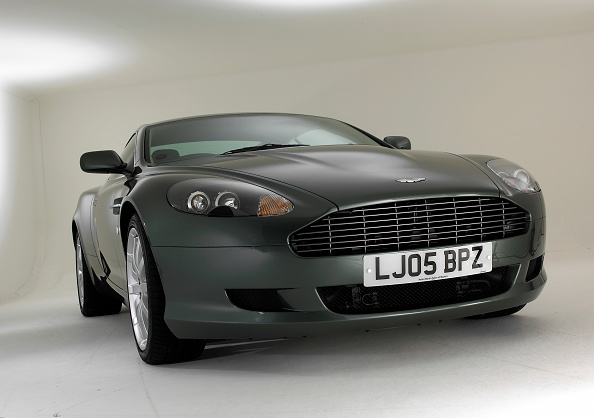 Finance and Economy「2005 Aston Martin DB9」:写真・画像(17)[壁紙.com]