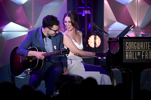 Songwriter「Songwriters Hall Of Fame 50th Annual Induction And Awards Dinner - Show」:写真・画像(14)[壁紙.com]