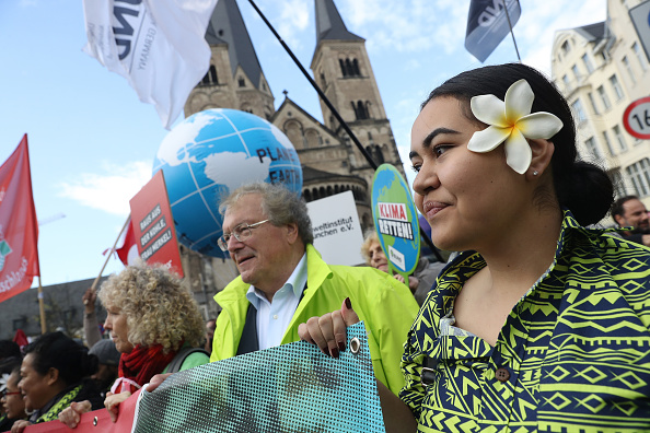 Climate Activist「Anti-Coal Protesters March In Bonn Ahead Of COP23 Climate Conference」:写真・画像(8)[壁紙.com]