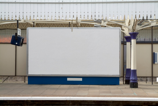 Railway「Blank british billboard at a railway station」:スマホ壁紙(5)