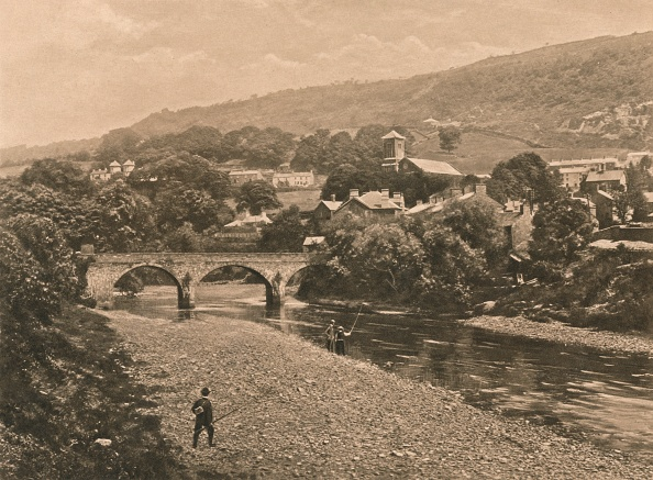 Water's Edge「The Taff At Treforest, Near Pontypridd, 1902」:写真・画像(17)[壁紙.com]