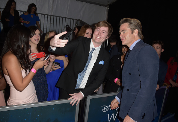 "A Wrinkle in Time「Premiere Of Disney's ""A Wrinkle In Time"" - Red Carpet」:写真・画像(17)[壁紙.com]"