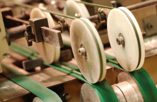 Belt「Machine wheels」:スマホ壁紙(11)