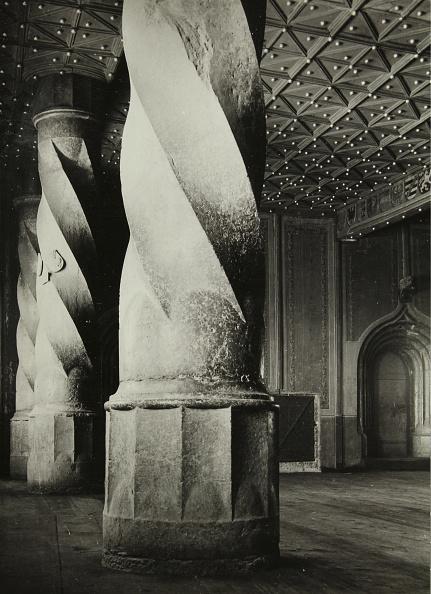 Ceiling「Portico Hohensalzburg Fortress」:写真・画像(3)[壁紙.com]