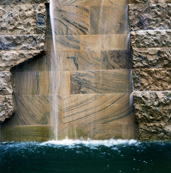 Construction Material「Detail of water feature at National Botanic House of Wales Carmarthenshire, Wales, United Kingdom Designed by Norman Foster and Partners」:写真・画像(5)[壁紙.com]