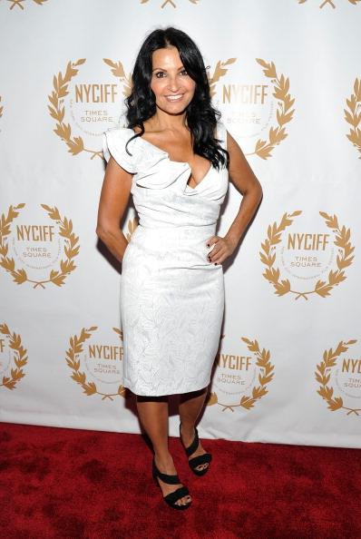"Cap Sleeve「2011 New York International Film Festival Opening Night Gala Premiere Of ""The Last Gamble""」:写真・画像(19)[壁紙.com]"