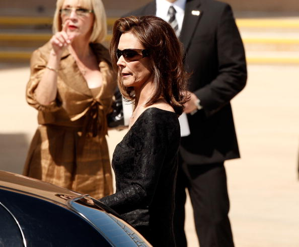 Kate Jackson - Actress「Farrah Fawcett Funeral Service」:写真・画像(1)[壁紙.com]