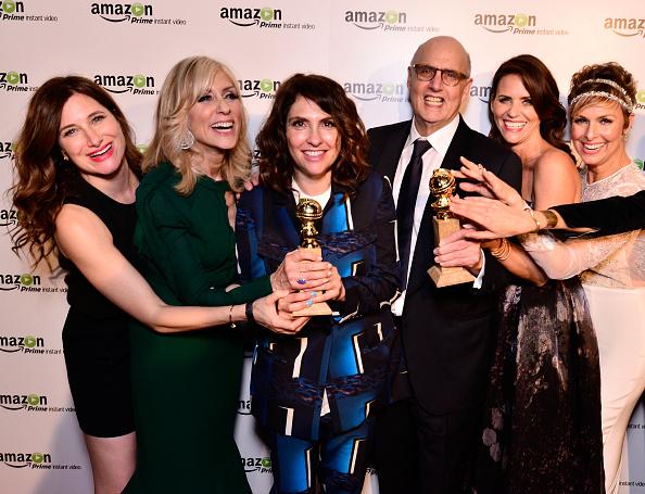 "Transparent「""Transparent"" Cast And Crew Golden Globes Viewing Party」:写真・画像(8)[壁紙.com]"