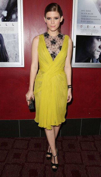 "Yellow Dress「Premiere Of Magnolia Pictures' ""Deadfall"" - Arrivals」:写真・画像(0)[壁紙.com]"