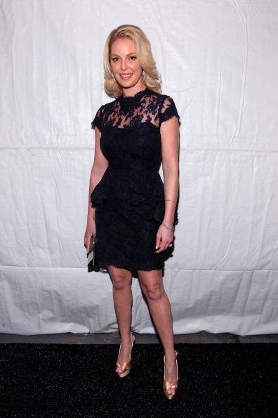 Katherine Heigl「Reem Acra - Front Row - Fall 2013 Mercedes-Benz Fashion Week」:写真・画像(16)[壁紙.com]