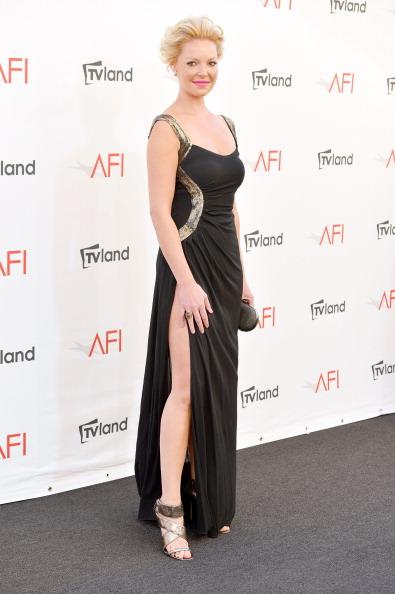Gold Shoe「40th AFI Life Achievement Award Honoring Shirley MacLaine - Arrivals」:写真・画像(17)[壁紙.com]