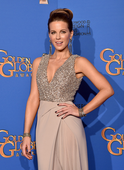 Embellishment「72nd Annual Golden Globe Awards - Press Room」:写真・画像(18)[壁紙.com]