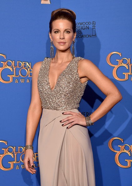 Embellishment「72nd Annual Golden Globe Awards - Press Room」:写真・画像(19)[壁紙.com]