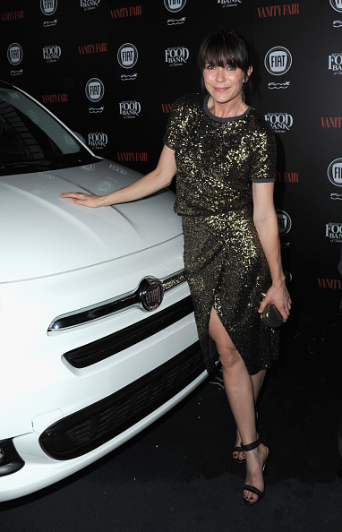 Sequin Skirt「Vanity Fair And FIAT Young Hollywood Celebration - Red Carpet」:写真・画像(4)[壁紙.com]