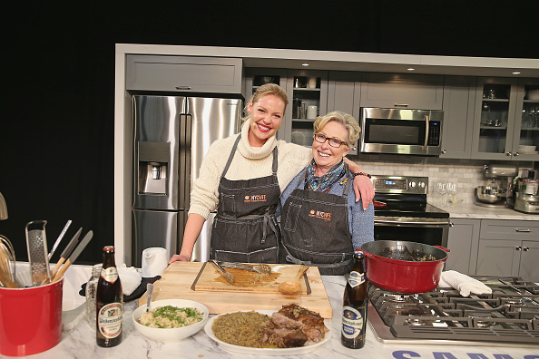 Katherine Heigl「Grand Tasting Presented By ShopRite Featuring Samsung Culinary Demonstrations Presented By MasterCard - Food Network & Cooking Channel New York City Wine & Food Festival presented By FOOD & WINE」:写真・画像(0)[壁紙.com]