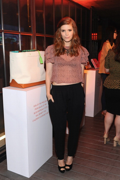 High Heels「Coach 3rd Annual Evening Of Cocktails And Shopping To Benefit The Children's Defense Fund Hosted By Katie McGrath, J.J. Abrams and Bryan Burk」:写真・画像(15)[壁紙.com]