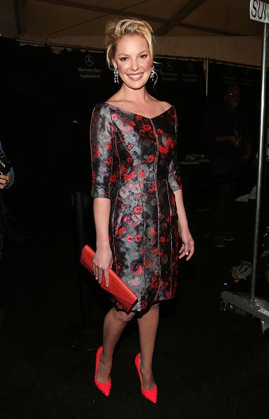 Katherine Heigl「J. Mendel - Backstage - Fall 2013 Mercedes-Benz Fashion Week」:写真・画像(7)[壁紙.com]