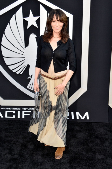"""Side Swept Bangs「Premiere Of Warner Bros. Pictures And Legendary Pictures' """"Pacific Rim"""" - Arrivals」:写真・画像(14)[壁紙.com]"""