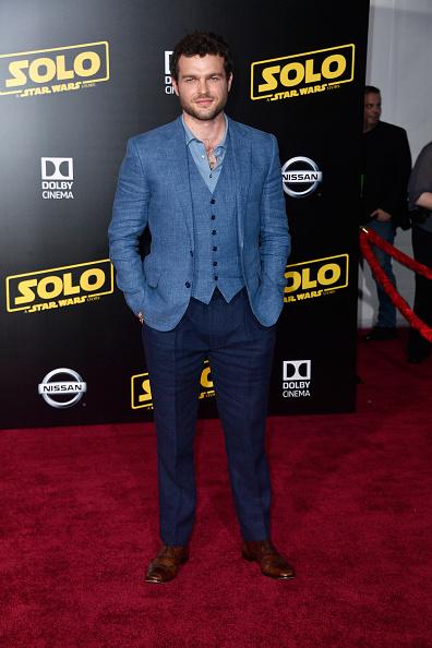 "El Capitan Theatre「Premiere Of Disney Pictures And Lucasfilm's ""Solo: A Star Wars Story"" - Arrivals」:写真・画像(10)[壁紙.com]"